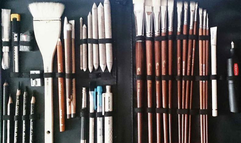 طبیعت بی جان سیاه قلم